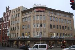 Wohn- und Geschaeftshaus